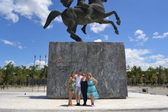 ,,please can you take a picture of us AND the statue?''