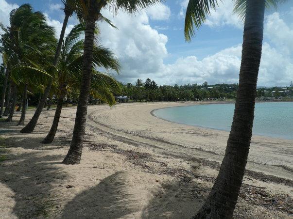 mb-airlie-beach-02