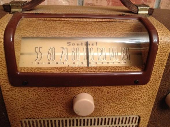 012670 B radio