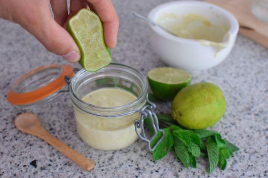 Cómo Hacer Salsa de Yogur AUTÉNTICA | Kebab, Falafel y EnsaladaCómo Hacer Salsa de Yogur AUTÉNTICA | Kebab, Falafel y Ensalada