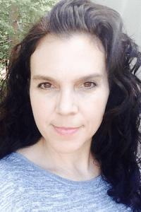 Photo of author Paula Priamos