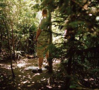 Promeneur en forêt