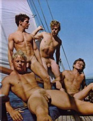 Baigneurs pour magazine gay dans les années 1960