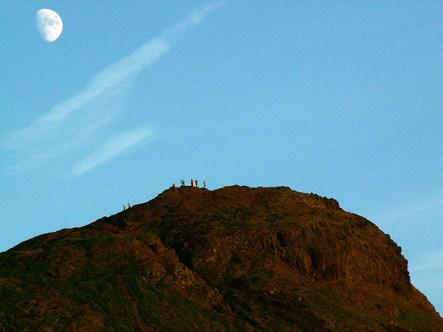 arthurs-seat-by-moonlight-edinburgh-scotland