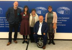 Bra samtal med representanter för European Huntington Association om behovet av att öka kunskapen inom vården för denna sällsynta sjukdom.