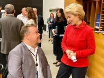 Givande samtal med Ursula von der Leyen om möjliga vägar att gå vidare trots Macrons motstånd till anslutningssamtal med Albanien och Nordmakedonien.