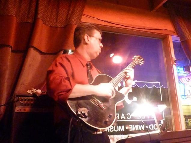 Havana Hi-Fi at 318 Cafe, Excelsior, MN