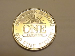 1 OZ .999 Fine Silver Sunshine Mint 4 Star Silver Eagle Round - 1983