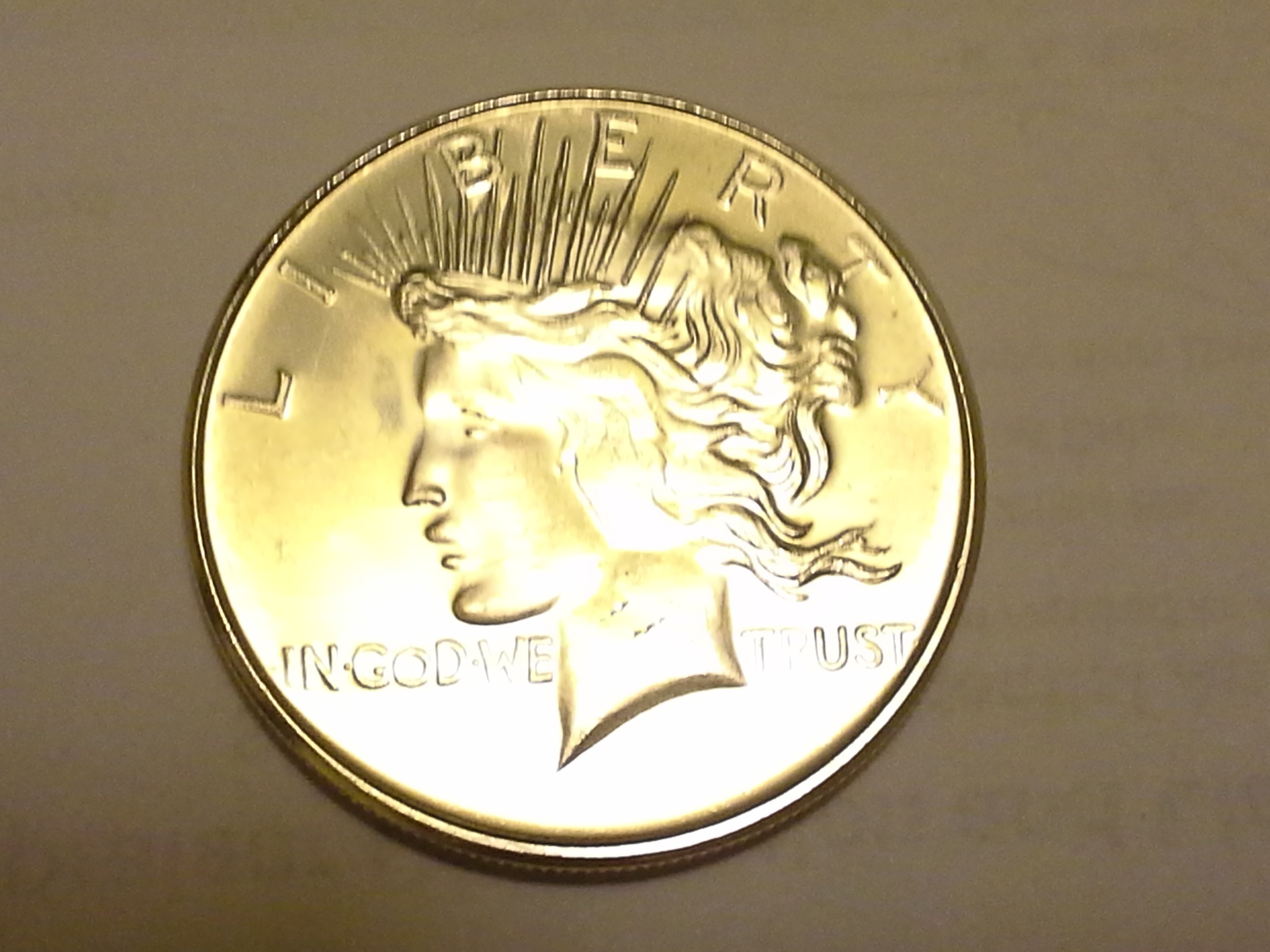 1 Oz 999 Fine Silver Peace Dollar Round The Mint