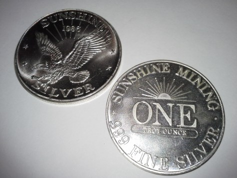 This is a 1 OZ .999 Fine Silver Sunshine Mint 4 Star Round – 1986