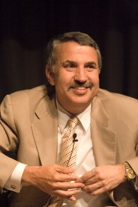 Thomas Friedman By Charles Haynes (Charles Haynes' flickr account) [CC BY-SA 2.0 (http://creativecommons.org/licenses/by-sa/2.0)], via Wikimedia Commons