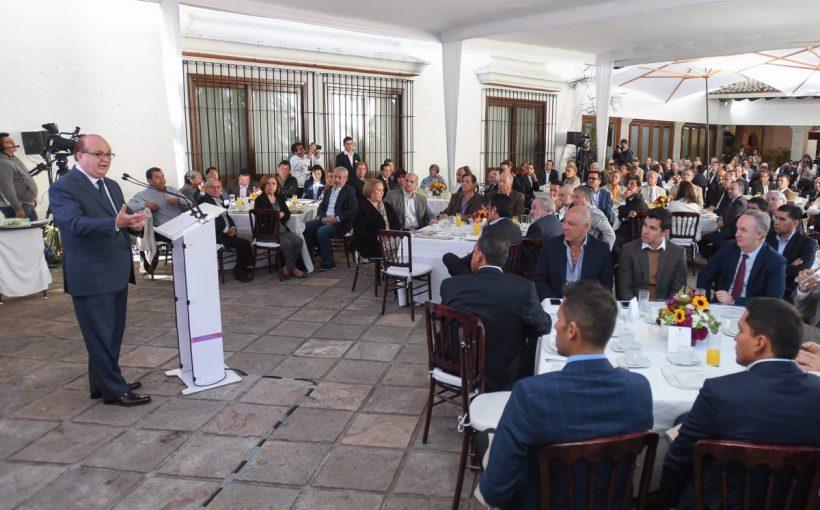 graco-dialos-y-acuerdos-para-fortalecer-la-economia-morelense20170110-0022ok