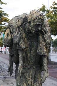 famine statues dublin