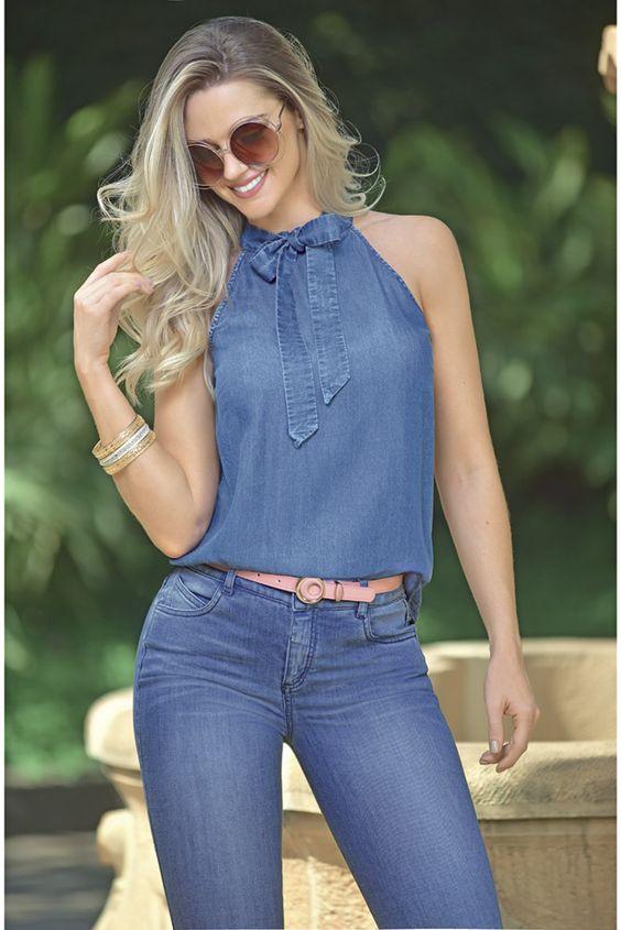 Jeans y blusa de mezclilla