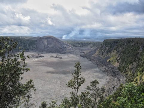 A view from the crater rim of Kīlauea Iki