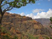 Descending into Waimea Canyon