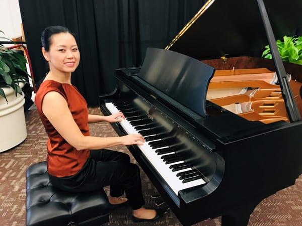 Piano-performance-at-the-Ribbon-Festival_1.19.2019