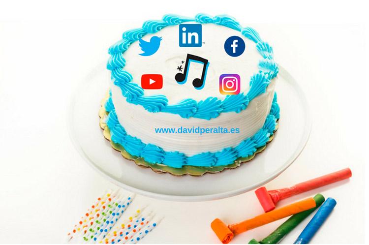 Un regalo de cumpleaños para promocionar tu marca musical en redes sociales