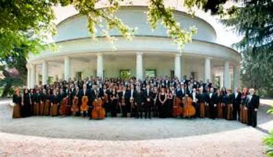 Orquesta-y-coro-de-la-comunidad-de-Madrid-en-el-log-de-David-Peralta-Alegre