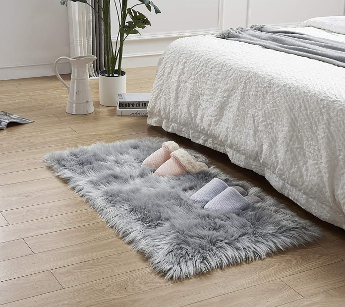 fur bedroom rug
