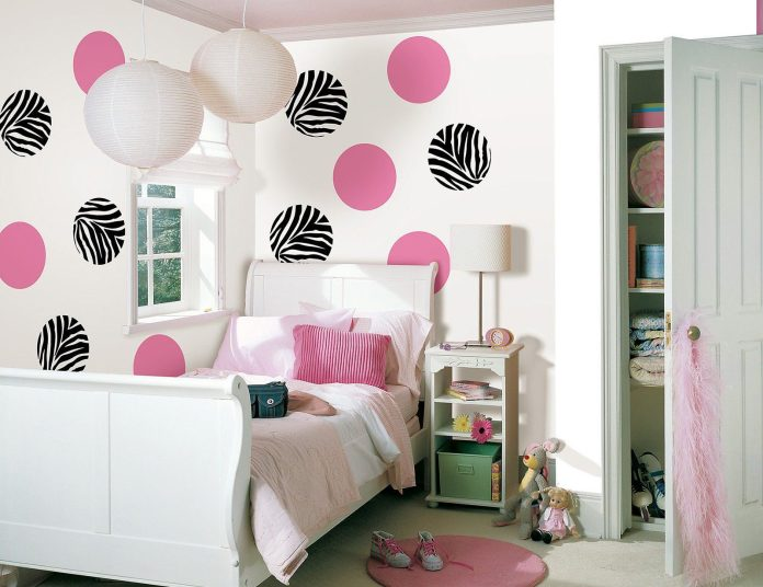 Make Your Wall Beautiful with Pattern