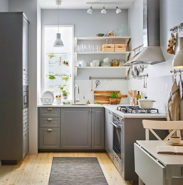 Kitchen With Simple Garden