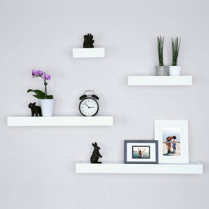 Simple Wall Shelf
