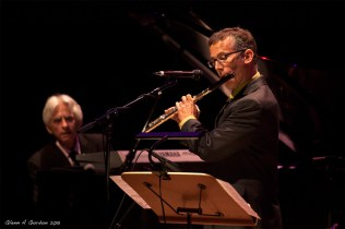 Photo of David Sills on stage at the Disney Concert Hall with David Benoit at KJazz concert June 2013