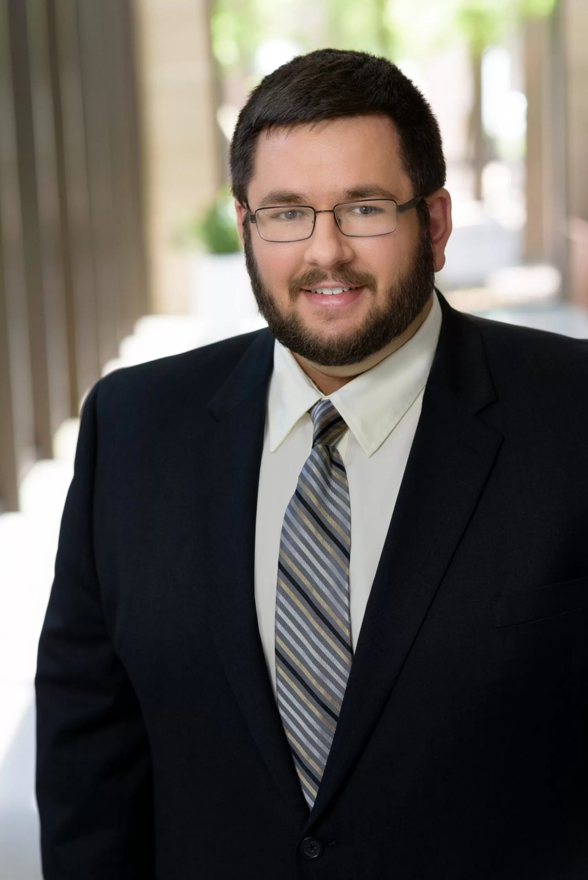 Alex Farquhar is an associate Immigration attorney of David Swaim & Associates that specializes in employment-based immigration classifications.