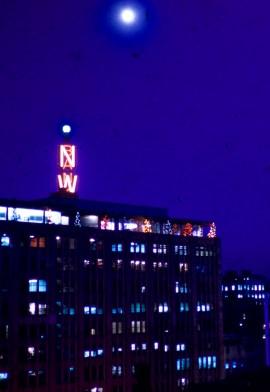 Minneapolis - Weatherball versus the moon