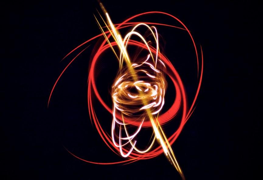 Light Patterns - Pendulum Pattern