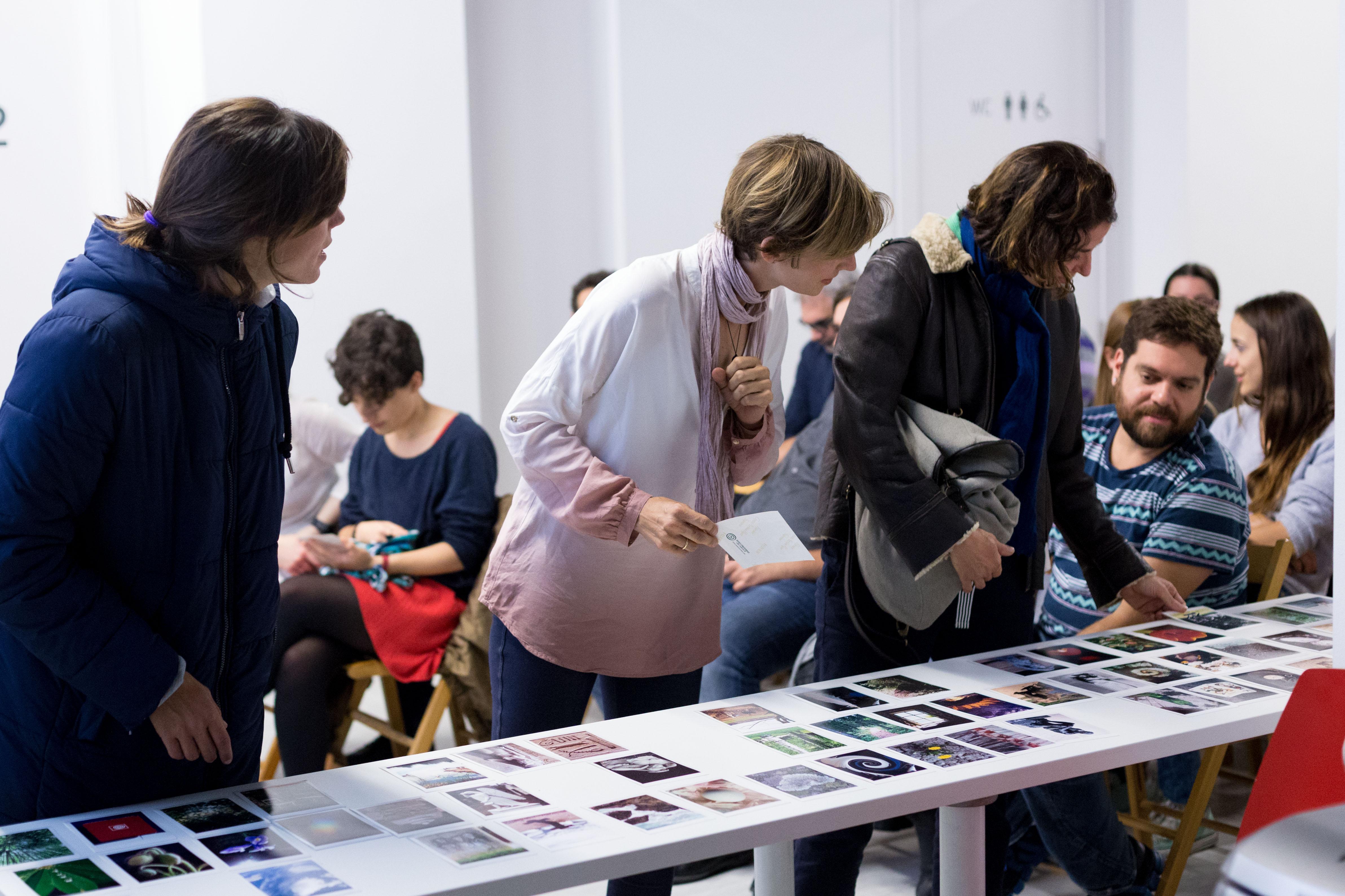 Taller de fotología y terapéutica de la fotografía / Workshop: Photology and Therapeutic Photography with David Viñuales