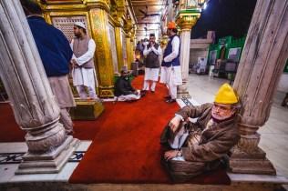 Nizamuddin Dargah. Delhi, India, 2013.
