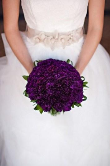 http://www.weddingomania.com/40-glamorous-dark-purple-wedding-inspirational-ideas/