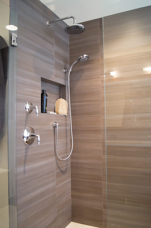 Modern Bath Remodel  Highlands Ranch CO  Da Vinci