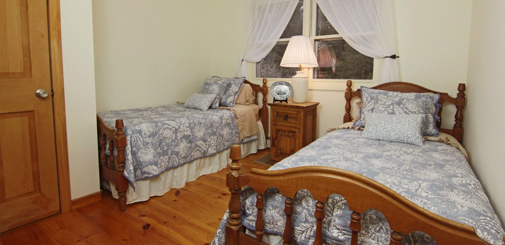 guest-house-slide-2
