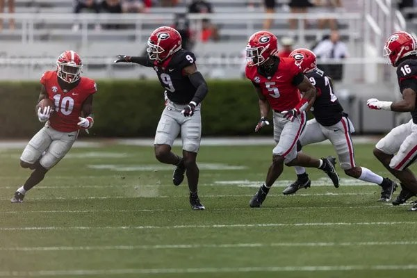 Georgia wide receiver Kearis Jackson (10) during G-Day on Dooley Field at Sanford Stadium in Athens, Ga., on Saturday, April 17, 2021. (Photo by Mackenzie Miles)