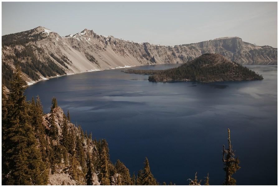Crater Lake National Park Elopement // Dawn Photo Elopement Photographer // @dawn_photo