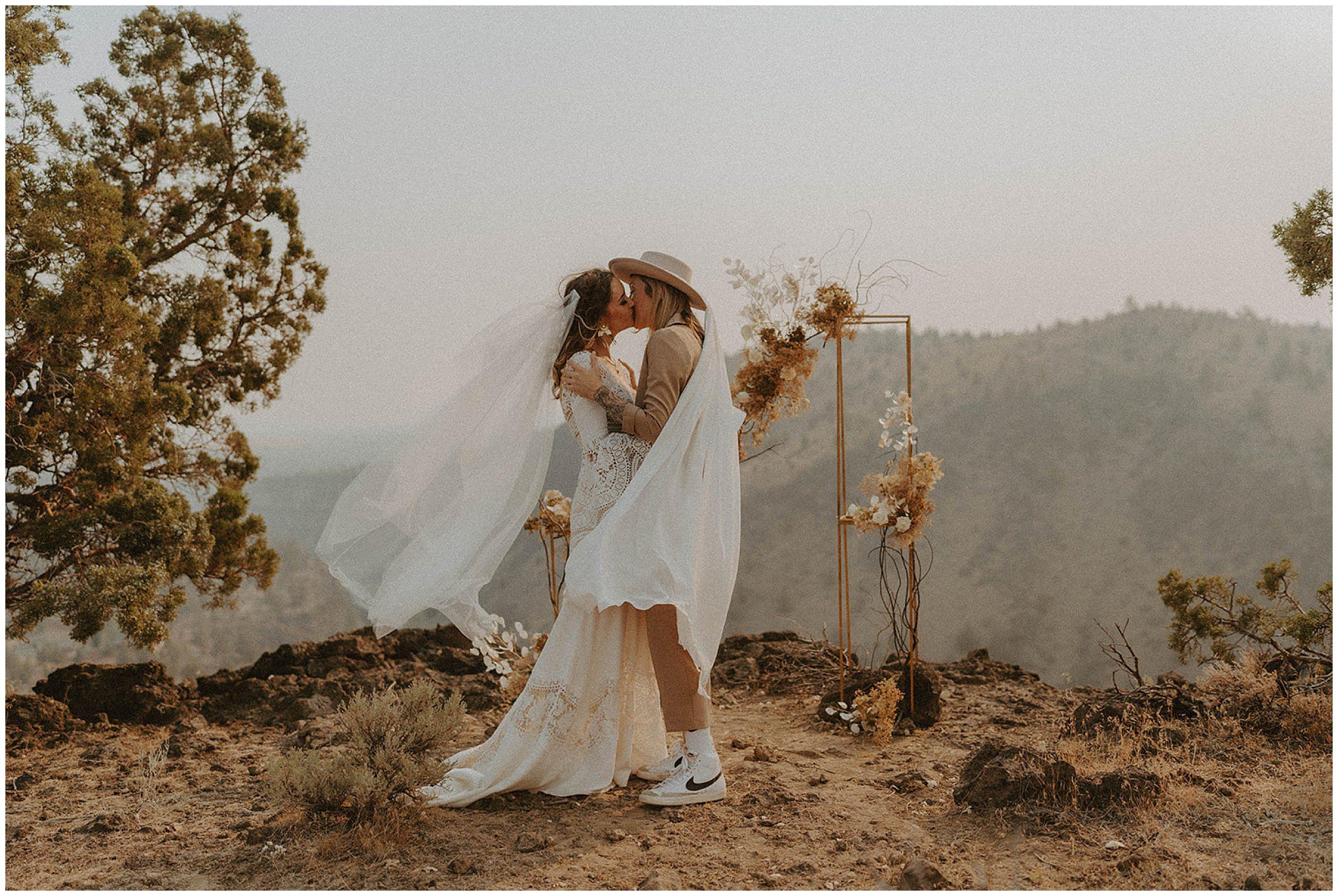 airbnb elopement