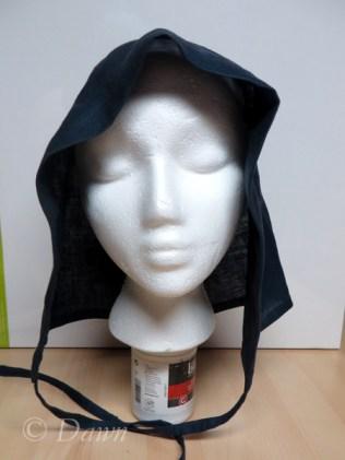 Large cap after the Jorvik cap in linen