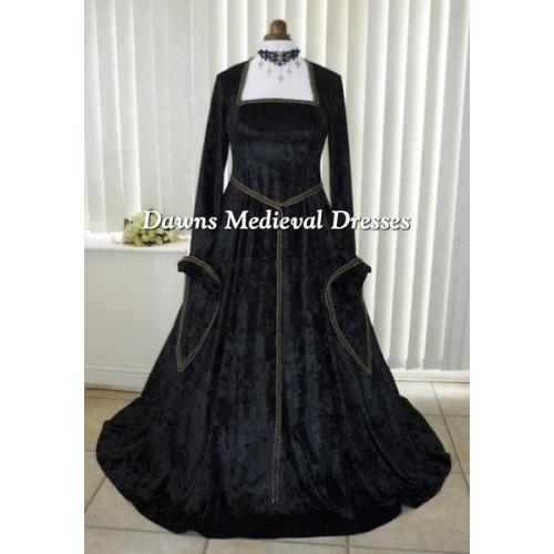 lotr medieval renaissance black