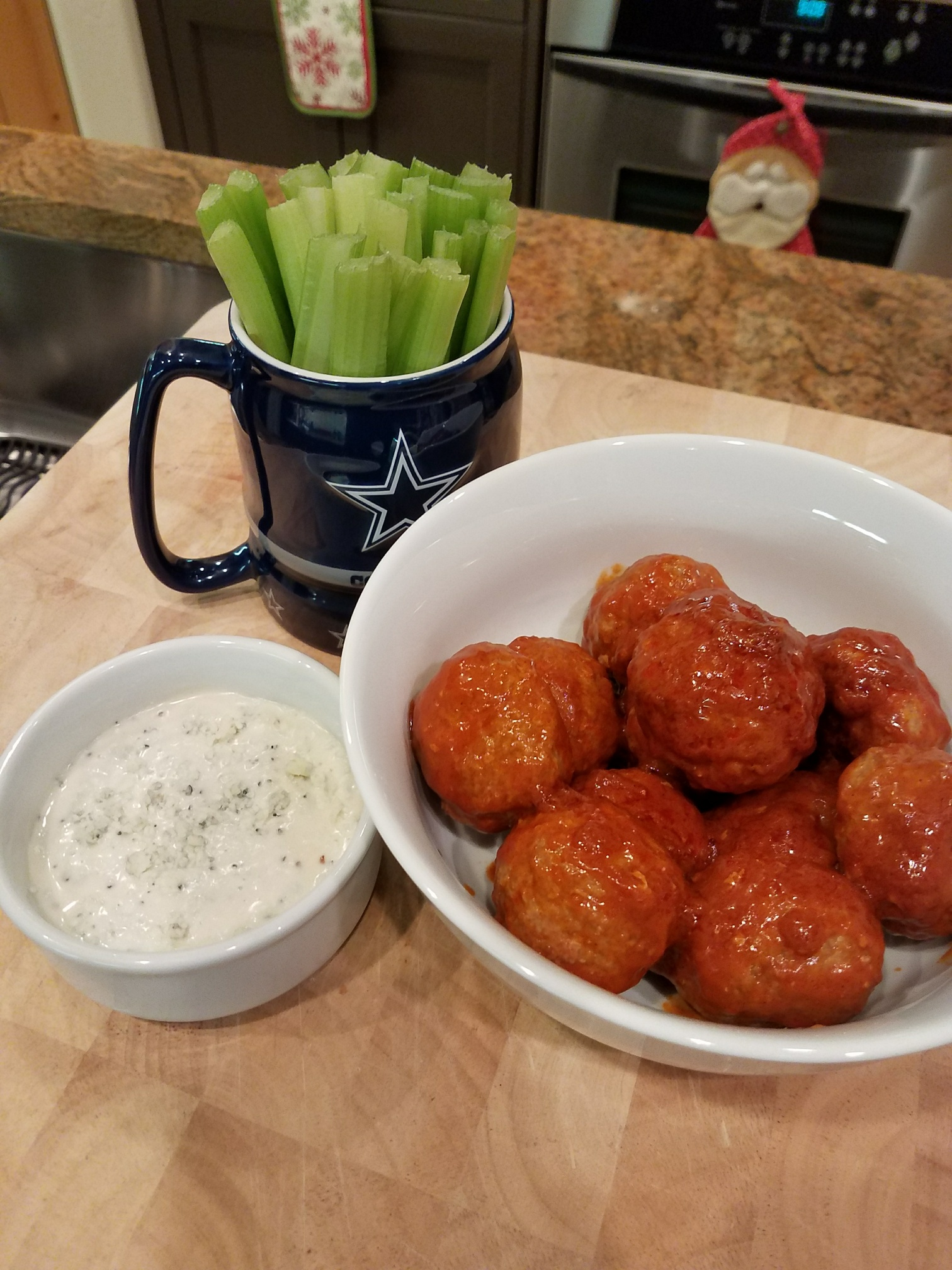 Buffalo Chicken Meatballs – Healthier Alternative To Wings