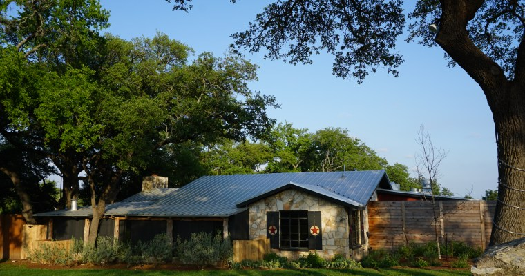 Hudson's Hill Country: Your Destination for Fine Dining AND All Day Happy Hour