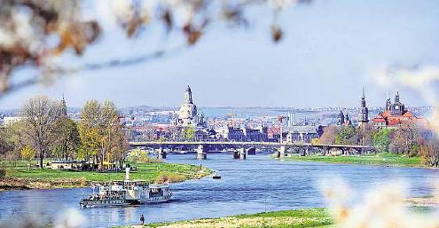 Dresden beteiligt sich an der Earth Hour 2018