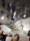 Im imposanten Treppenhaus des Stadtmuseums wurde Die Zauberflöte als Theaterstück aufgeführt. Foto: Una Giesecke