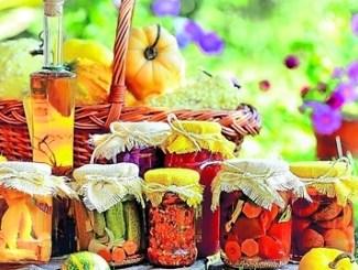 Haltbar werden Obst, Gemüse oder Pilze nicht nur durch Einkochen. Man kann die Ernte auch per Einlegen, Dörren oder Einfrieren konservieren. Foto: Archiv
