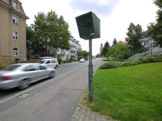 Nach den Winterferien wird vor den Dresdner Schulen wieder auf die Sicherheit geachtet. Foto: Ove Landgraf
