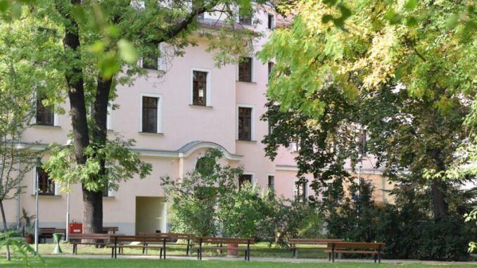 Der Wohnpark bietet grün direkt vor der Tür. Foto: PR