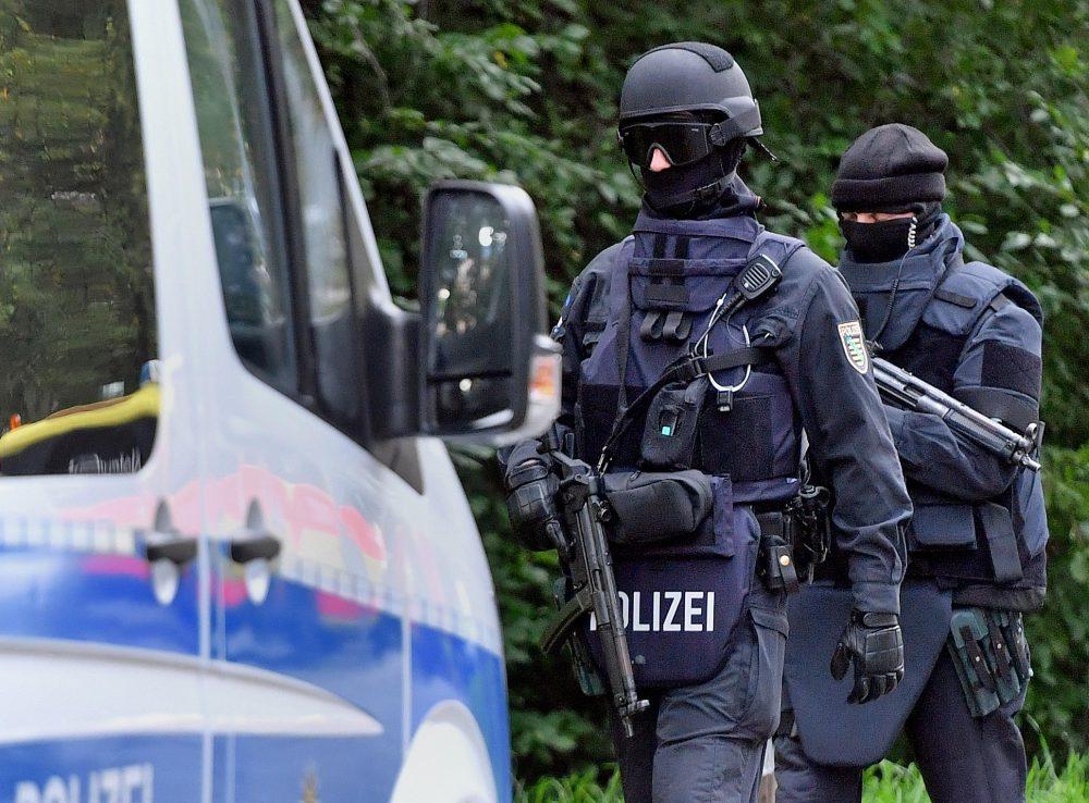 Amok-Alarm an Grundschule in Heidenau - Polizei evakuiert Schüler