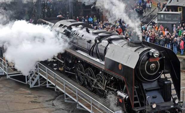 Fans historischer Dampfloks kommen im April nächsten Jahres voll auf ihre Kosten. Foto: PR